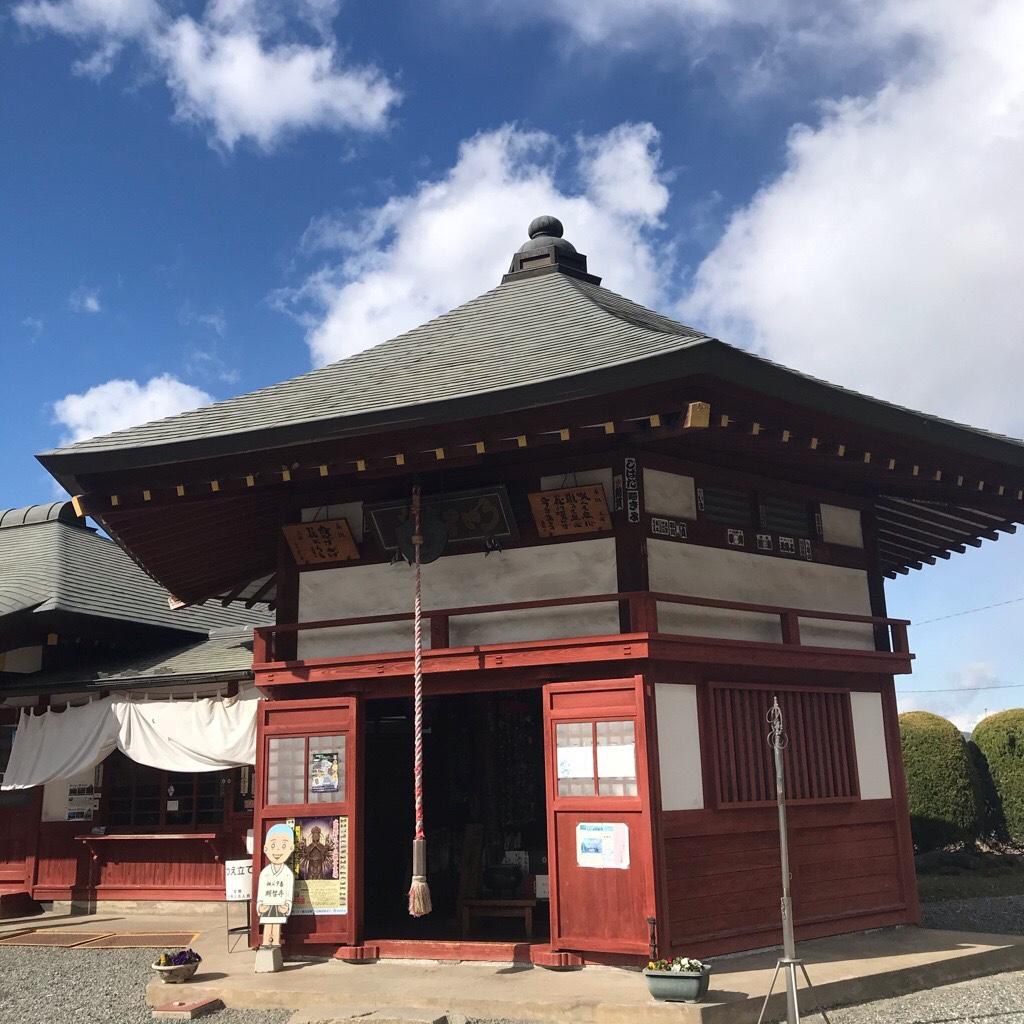 明智寺の六角堂