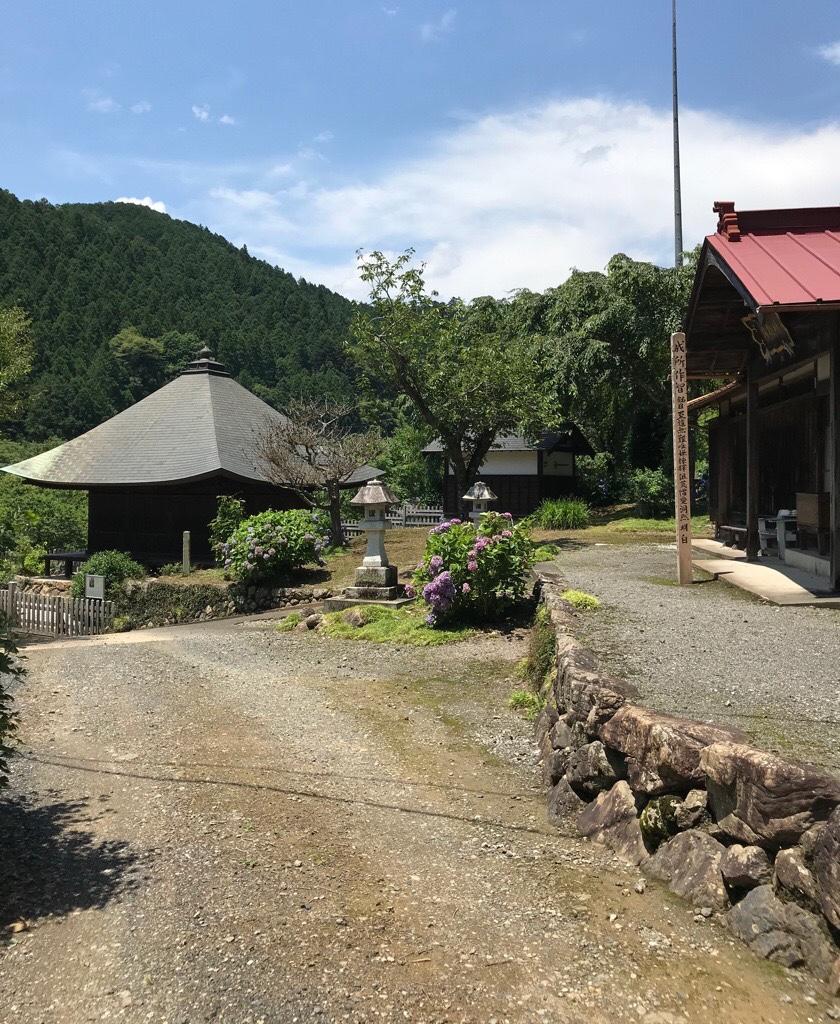 福徳寺本堂と阿弥陀堂